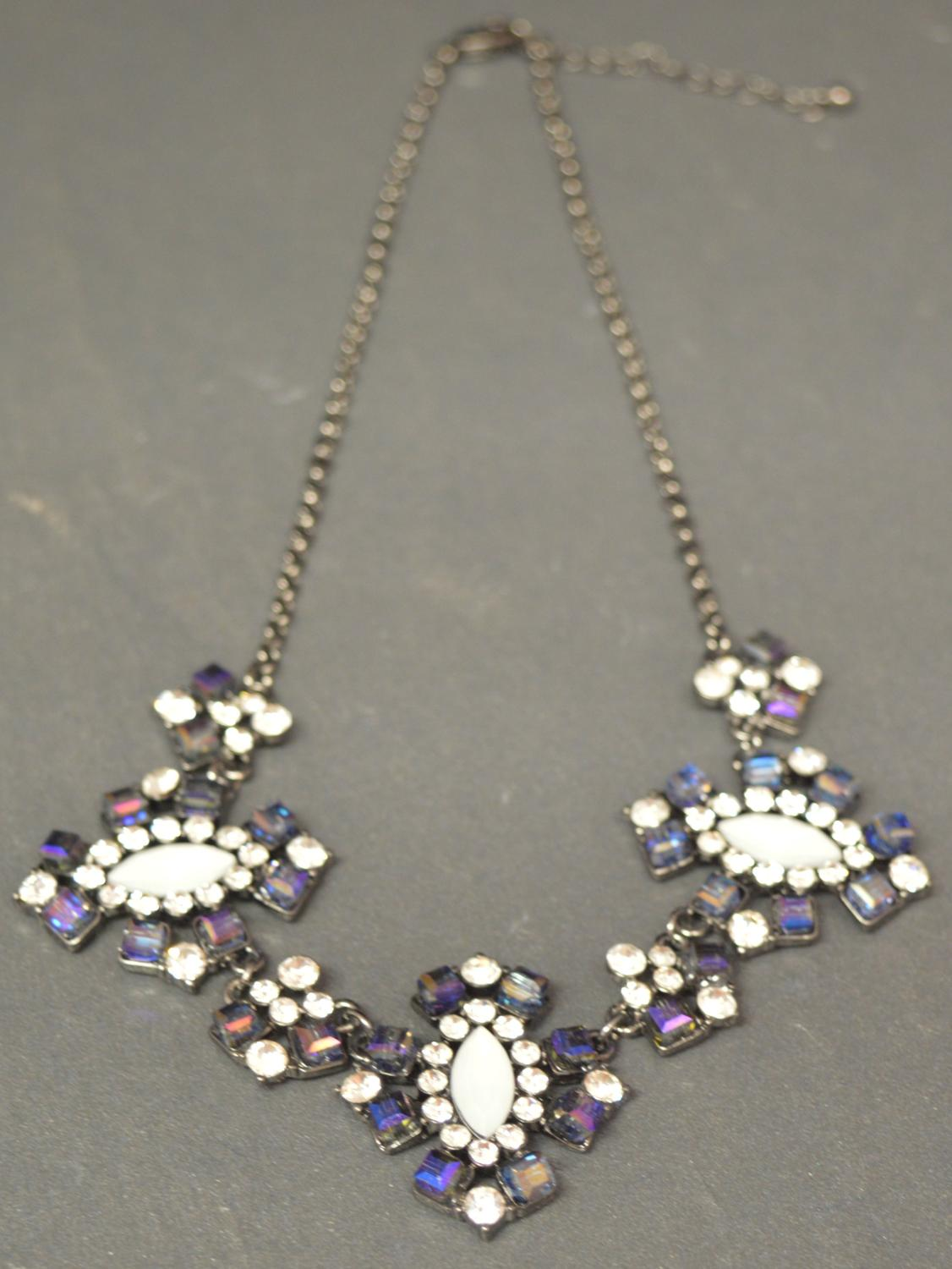 Blue and Opaque Flower Style Necklace