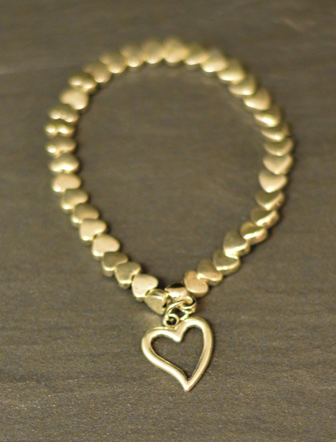 Heart Outline Charm on Elasticated Bracelet