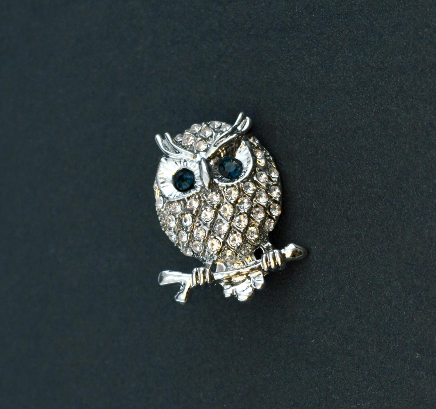 Diamante Encrusted Owl Brooch