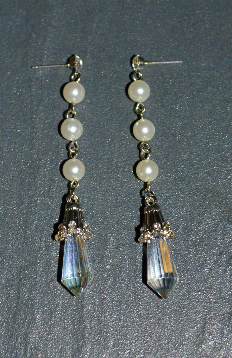 Pearl Effect Long Drop Earring