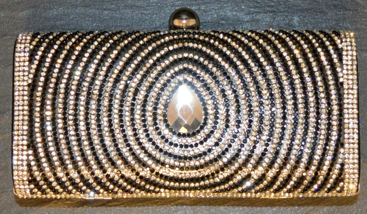 Consecutive Diamante Circles with Large Glass Stone Detail Clutch Bag