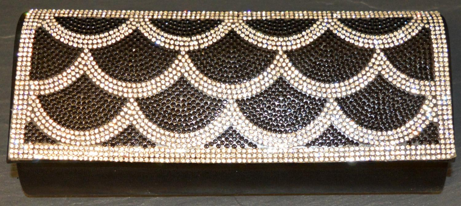 Diamante Encrusted Shell Style Patterned Evening Bag