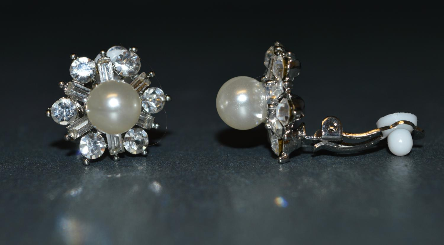 Diamante Flower Style Clip Earring with Pearl Centre