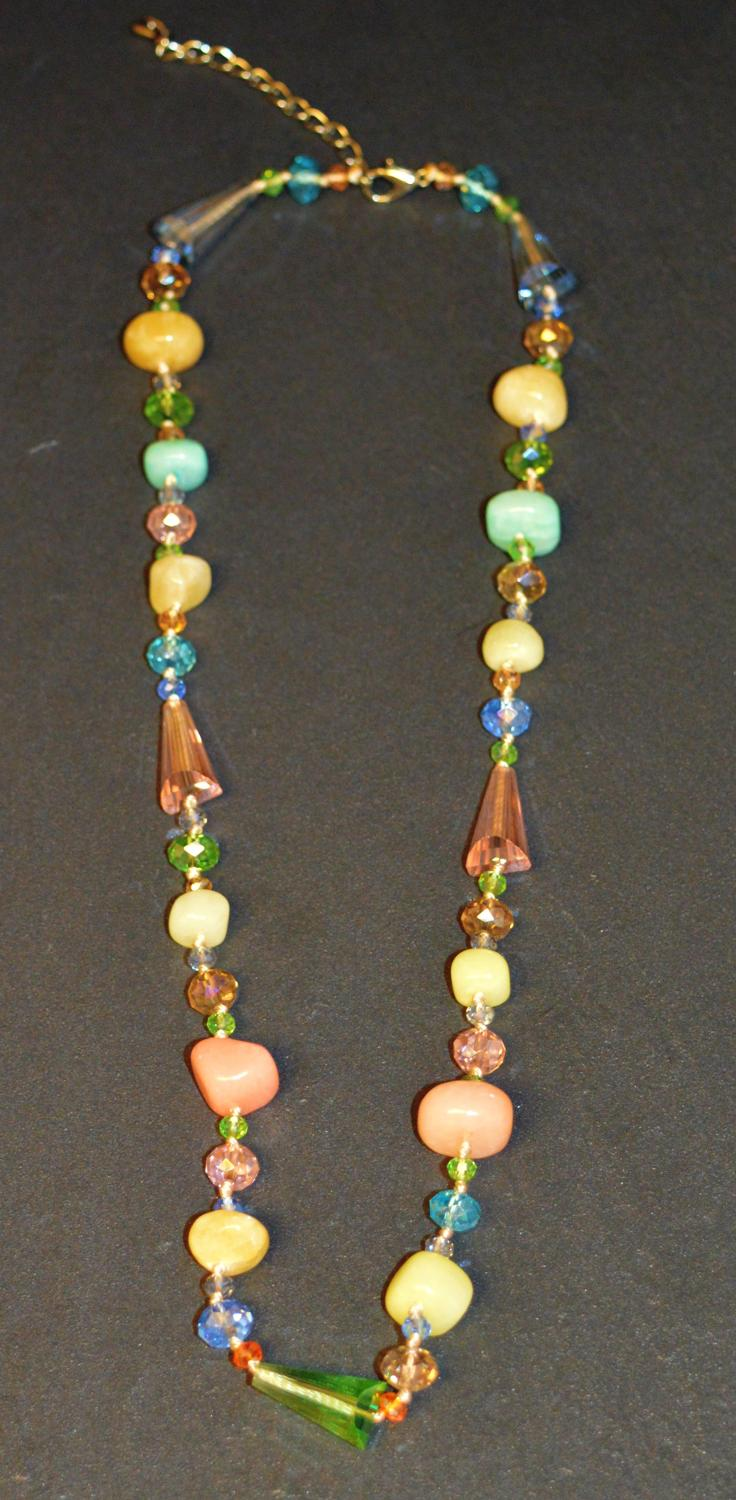Facet Bead and Stone Chip Necklace