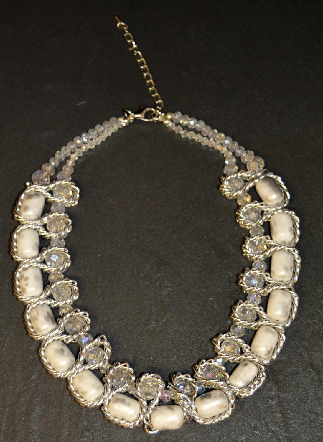 Pearlised Marble Effect Necklace
