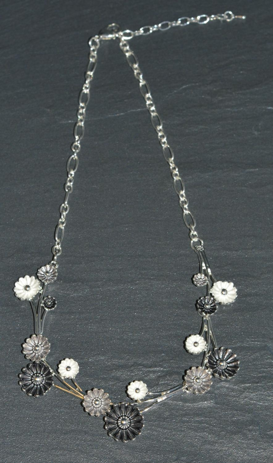 Black and White Enamel Daisy Necklace